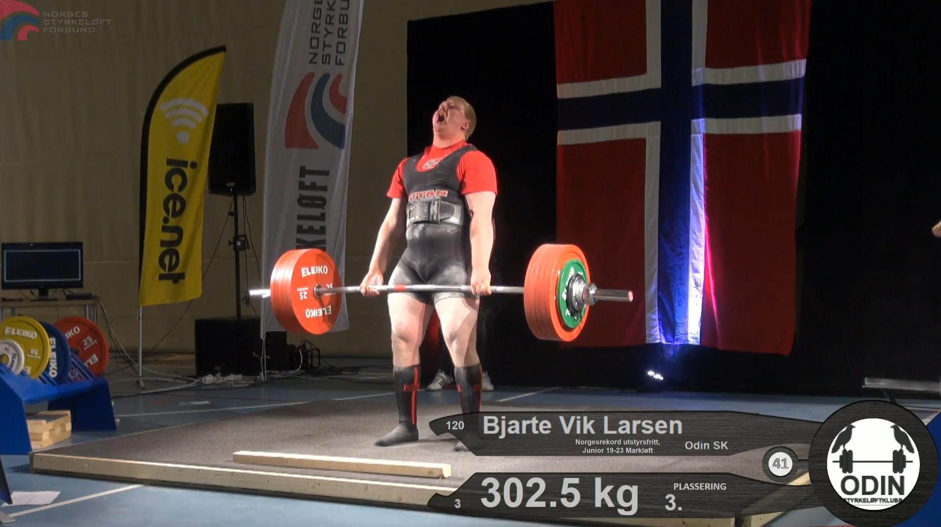 Bjarte Vik Larsen tok bronse og satte tre nye norske juniorrekorder i NM Styrkeløft Utstyrsfritt 2016.